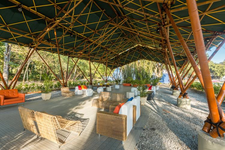 Pavilhão em bambu e biomateriais / Bambutec Design, © Juan Dias