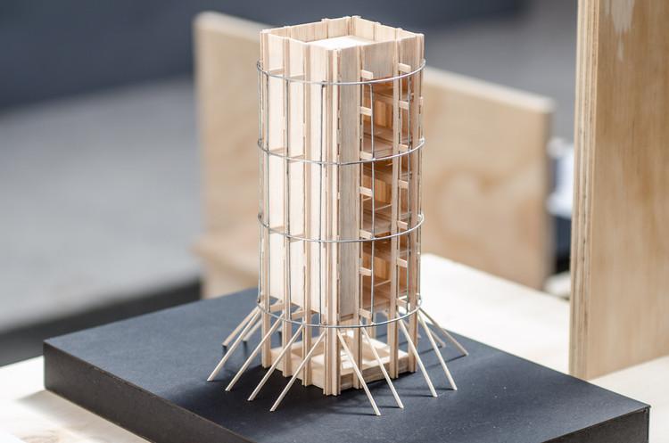 'Arquitectura reflexiva' en torno a la madera: 10 arquitectos y estudiantes exhiben sus obras en Puerto Montt, Chile, © Esteban Arteaga