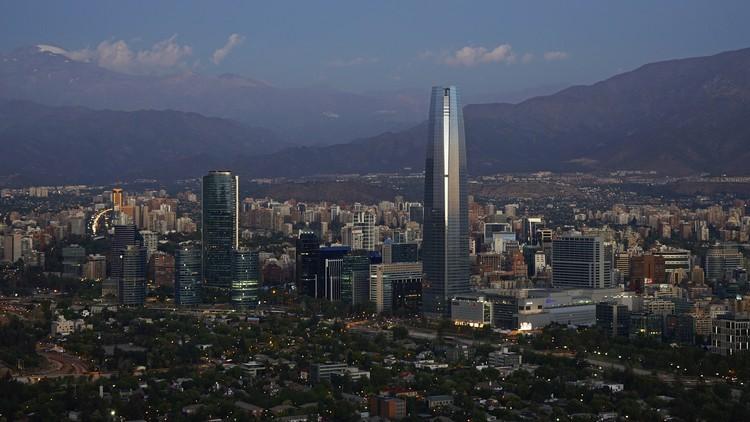Comitê de Design do AIA realiza a primeira conferência sul-americana no Chile, Santiago, Chile. Imagem via Flickr User: alobos Life. Sob licença CC BY 2.0