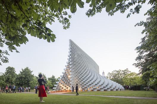 Serpentine Pavilion 2016 / Bjarke Ingels. Image © Laurian Ghinitoiu