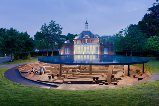 Serpentine Pavilion 2013 / Herzog & deMeuron and Ai Weiwei. Image © Iwan Baan