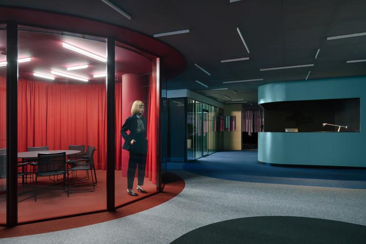 Office for Stark Games / Studio11, © Dmitry Tsyrencshikov