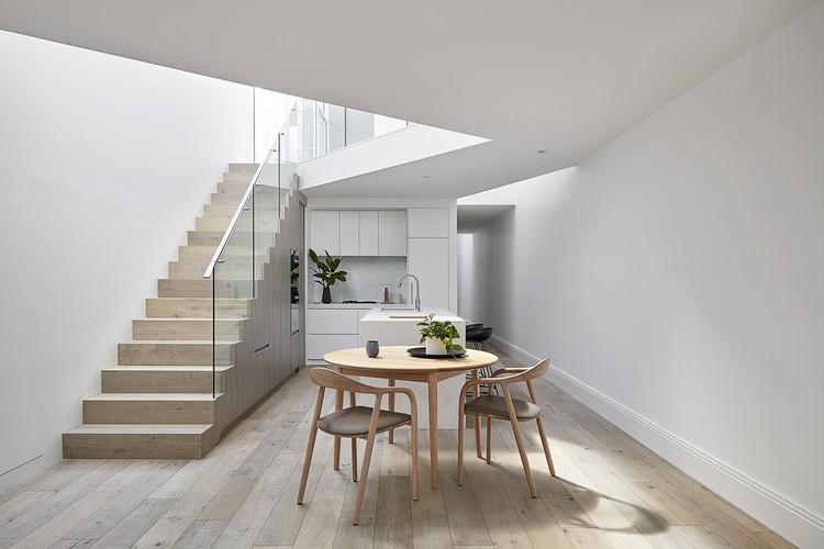Residencia Oban / Mittelman Amsellem Architects, © Jack Lovel