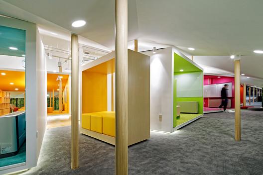 Lehtikangas School, Kindergarten and Library / alt Architects