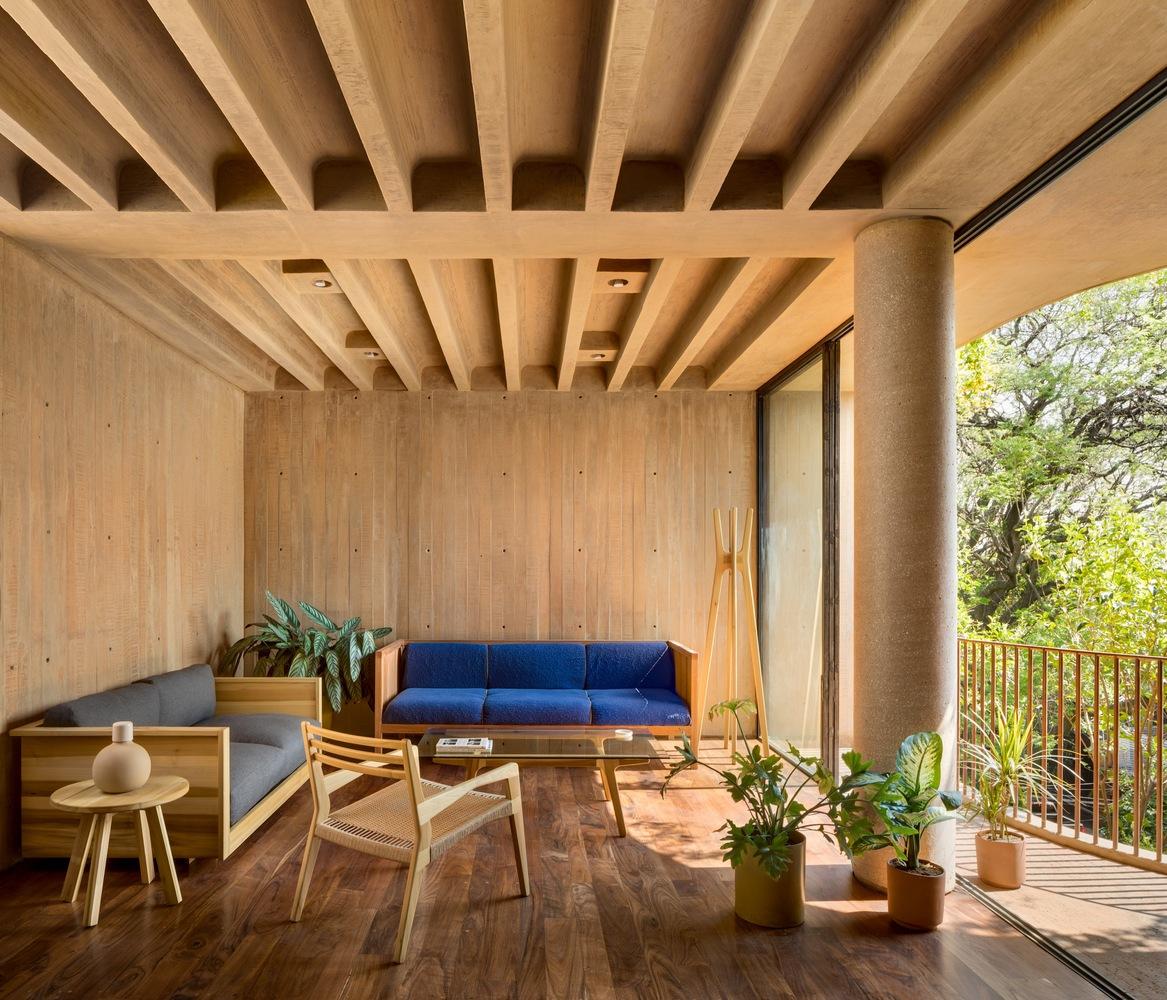 Surprising Gallery Of Lc 710 Taller Hector Barroso 1 Machost Co Dining Chair Design Ideas Machostcouk