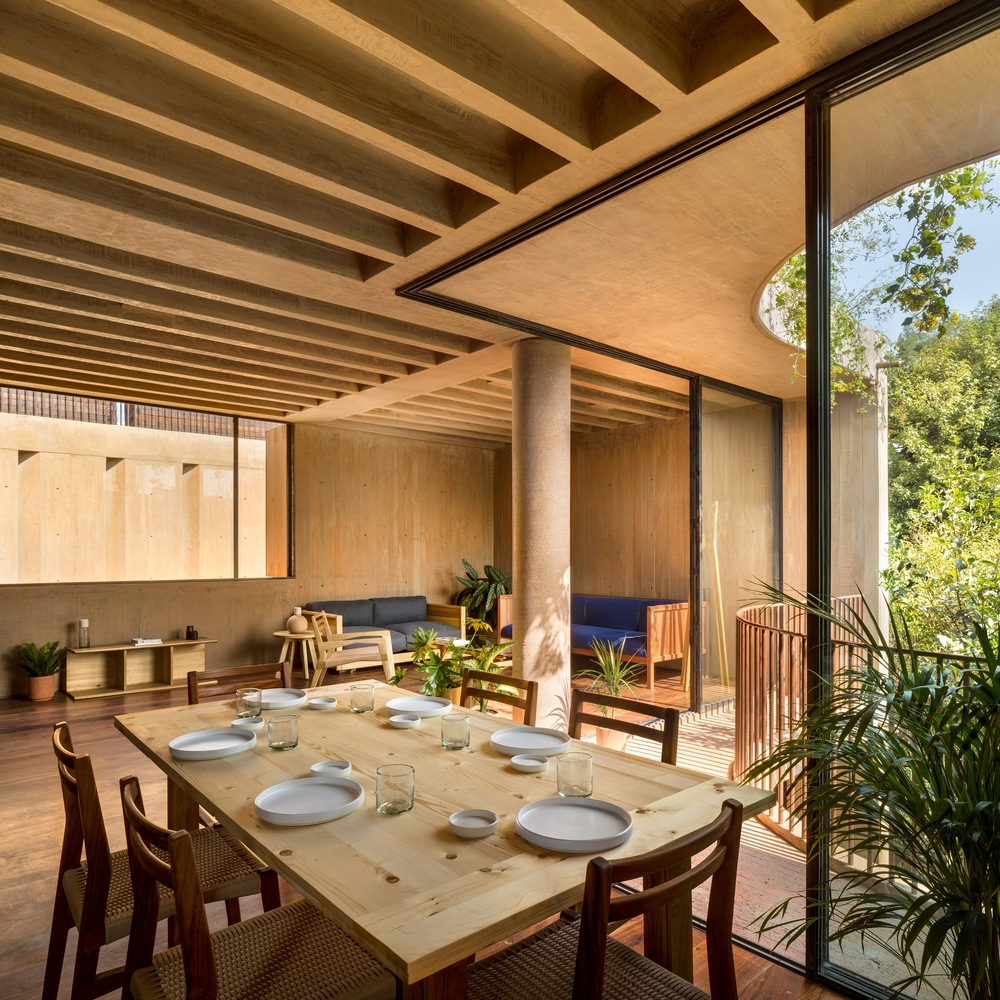 Phenomenal Gallery Of Lc 710 Taller Hector Barroso 3 Machost Co Dining Chair Design Ideas Machostcouk