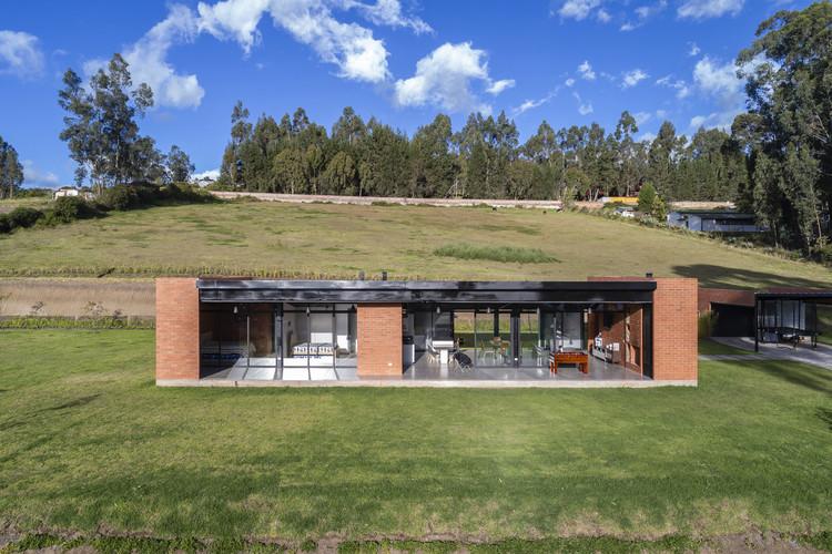 Sun House / Bernardo Bustamante Arquitectos, © Bicubik