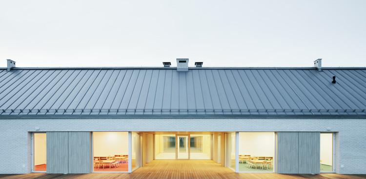 Kindergarden in Ladek-Zdroj / Dominik Górecki Architekt + DE Pracownia Szczepan Dejnek, © Krzysztof Smyk