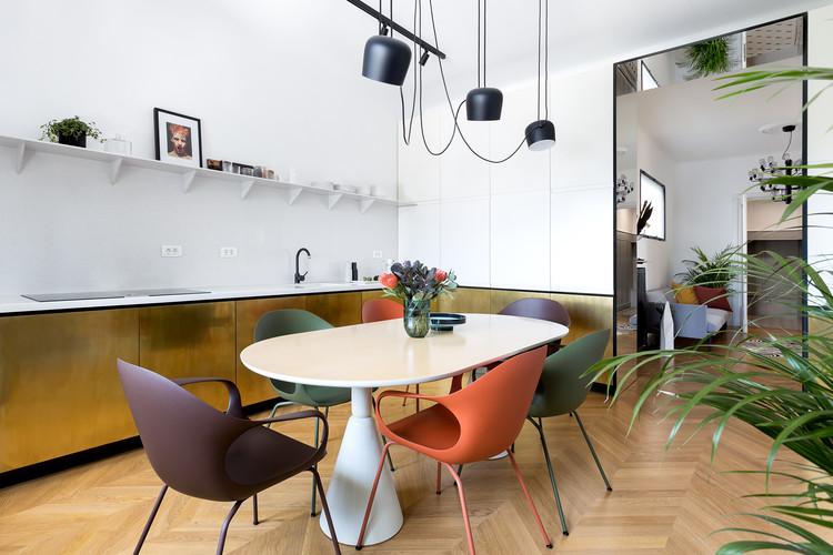 Apartment LC / Bogdan Ciocodeică Studio, © Kinga Tomos
