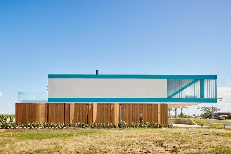 Casas de metal en Brasil: 15 proyectos en planta y corte, Casa Claudios / Arquitetura Nacional. Imagen © Pedro Kok