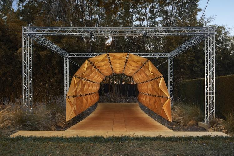SOM projeta escultura cinética para a Chicago Design Week, Kinematic Sculpture. Imagem © Benny Chan
