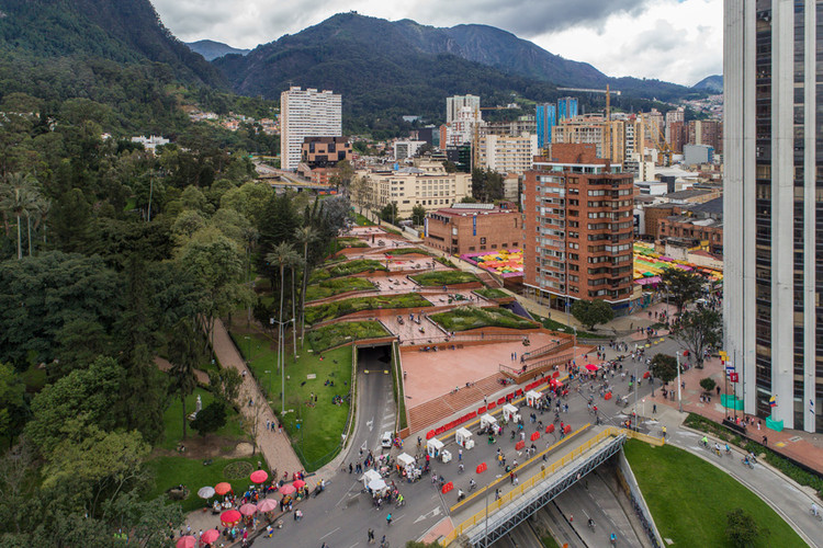 A conturbada história do Parque Bicentenário de Bogotá, © Alejandro Arango