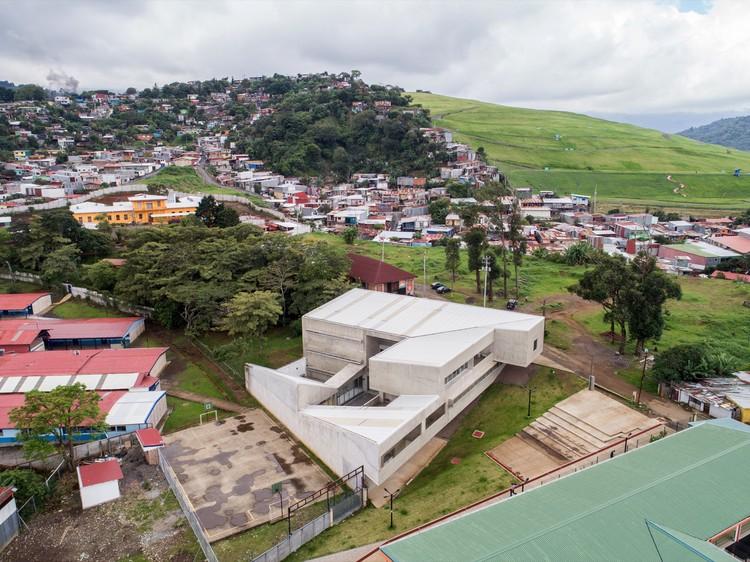 Centro de Desarrollo Humano de Tirrases / Luis Diego Barahona, © Roberto D'Ambrosio
