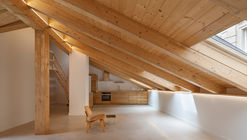 Housing Building Refurbushment / Sergio Rojo