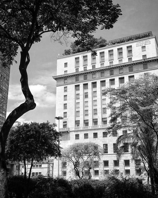 Prefeitura de São Paulo abre concurso público com vagas para arquitetos e engenheiros,  Prefeitura de São Paulo. Foto: kmove__. <a href='https://www.instagram.com/p/BpA3cmLFD50/'>Via Instagram</a>