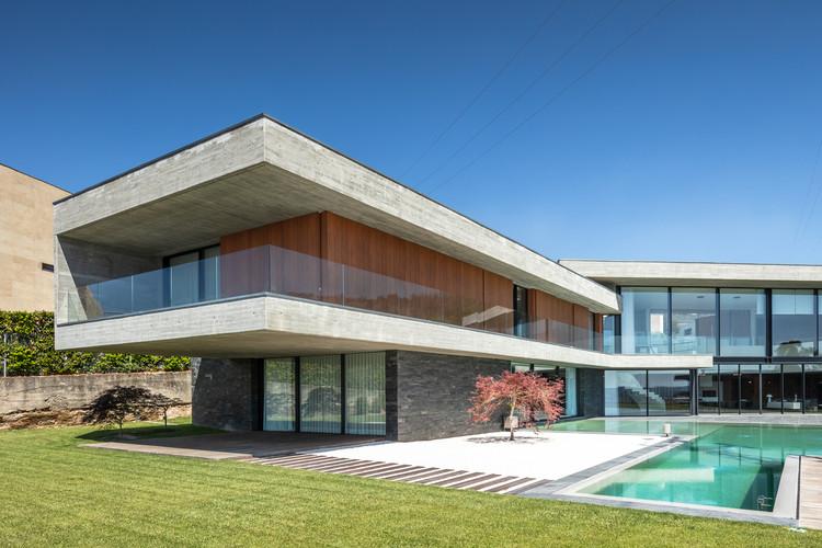 Fraião House / TRAMA arquitetos, © João Morgado