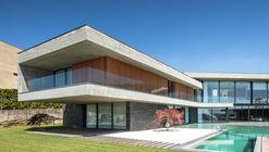 Fraião House / TRAMA arquitetos