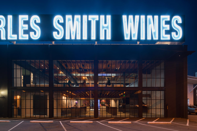 Charles Smith Wines Jet City / Olson Kundig, © Nic Lehoux