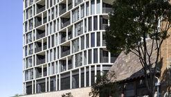 Spire Residences / John Wardle Architects