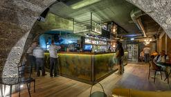 Tã Gente Bar / MASD Arquitectos