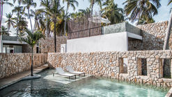 Hotel Pedras do Patacho / HautLab