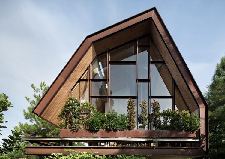 EH House / andramatin, © Mario Wibowo
