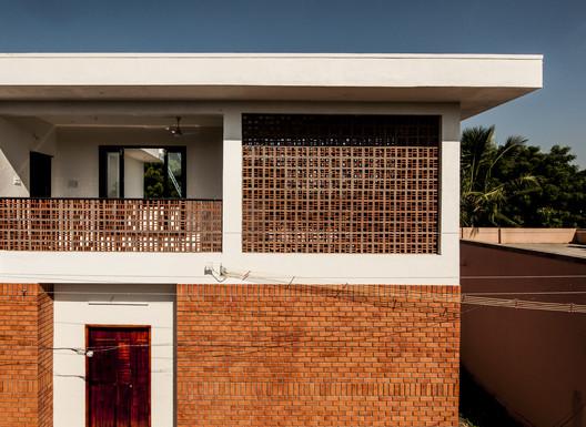 Casa del pueblo / s+a.D Studio