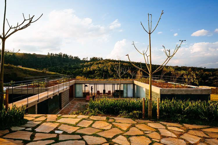 Casa João de Barro / Terra e Tuma Arquitetos Associados, © Pedro Kok