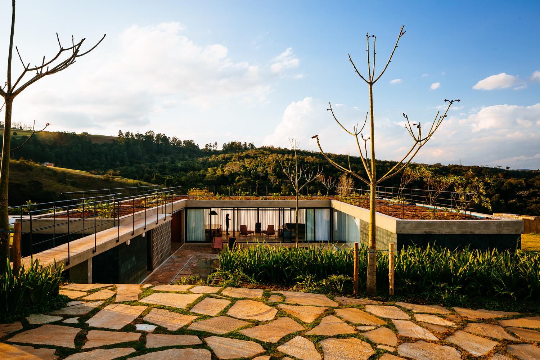 Casa João de Barro / Terra e Tuma Arquitetos Associados