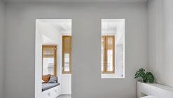 Apartamento em Gracia / Kahane Architects + Maria Alarcón