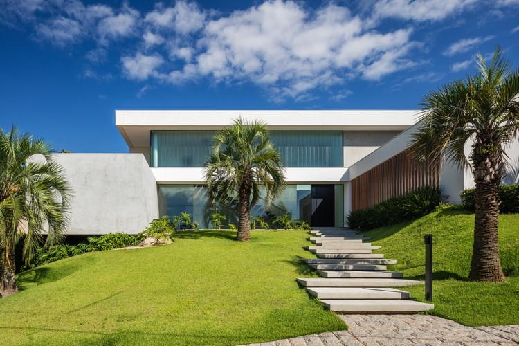 Guaica Residence / Padovani Arquitetos Associados, © Nelson Kon