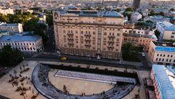 Khokhlovskaya Square / Strelka KB + DJAO-RAKITINE