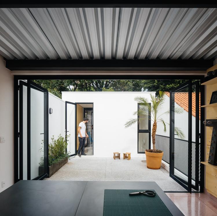 Casa na Vila Ipojuca   23 SUL  a3db5964049