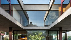 Casa Villa Lobos / Una Arquitetos