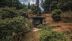 Cabin 192 / JiA