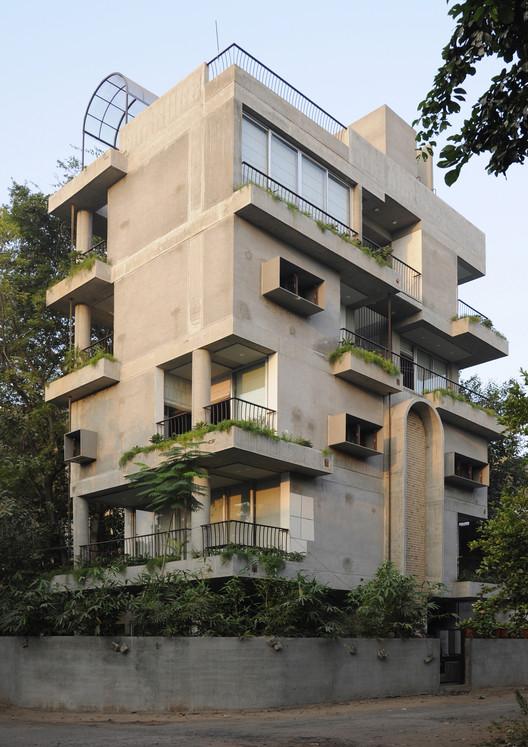 Tower House / BandukSmith Studio, © Sachin Bandukwala
