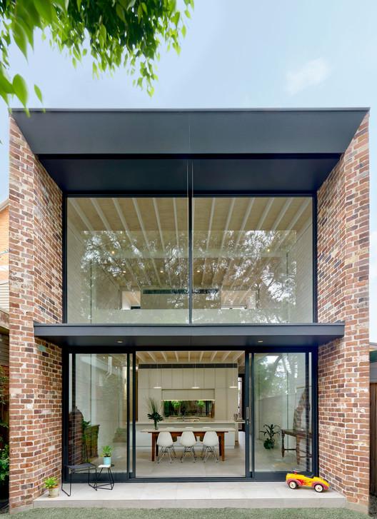 Brick Aperture House / Kreis Grennan Architecture, © Michael Nicholson