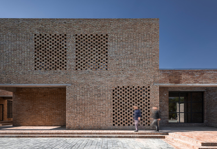 Centro Comunitario en Sanhe Village / Wall Architects of XAUAT, Textura, volumen y profundidad. Imagen © TrimontImage - Dong Wang
