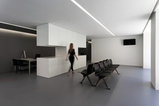 Oficinas OAV / Fran Silvestre Arquitectos