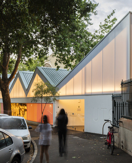 Polycarbonate in Architecture: 10 Translucent Solutions | ArchDaily