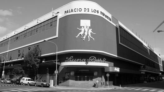 Estadio Luna Park. Image vía Santiago Rodriguez Rivoira [Wikipedia] Bajo licencia CC BY-NC 3.0