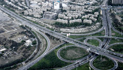 In Tehran, Design Principles of American Suburbia Unexpectedly Persist