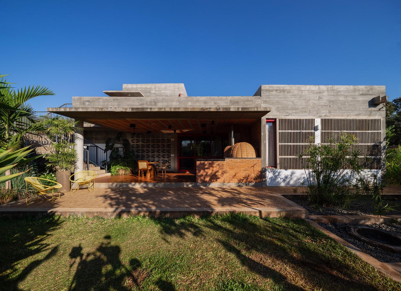 AM House / comoVER Arquitetura Urbanismo