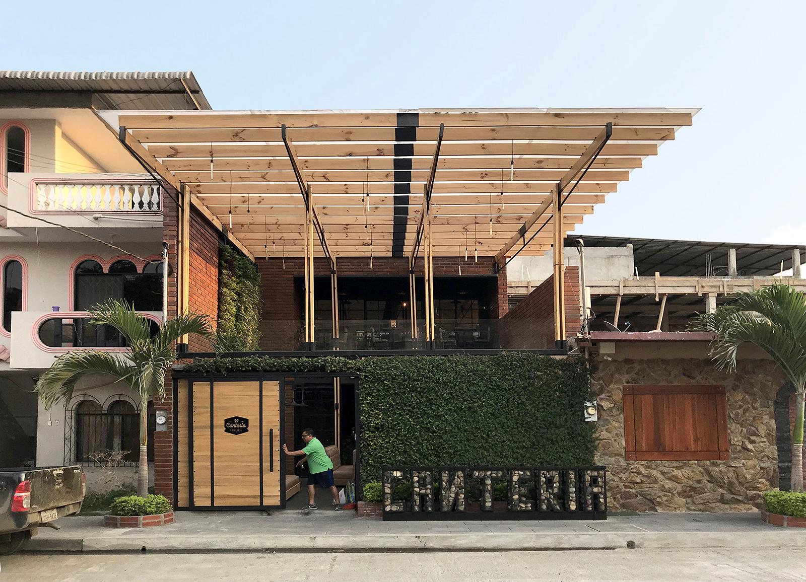 Canteria restaurante urbano natura futura arquitectura for Planos de bares pequenos