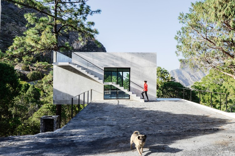 Casa 2I4E / P+0 Architecture  + David Pedroza Castañeda , © FCH Fotografía