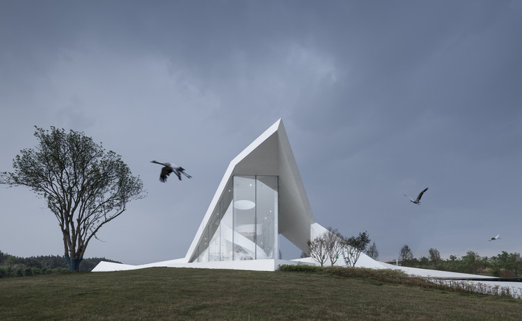 Crane Pavilion at Crane Nature Preserve / GBBN, © Yao Li