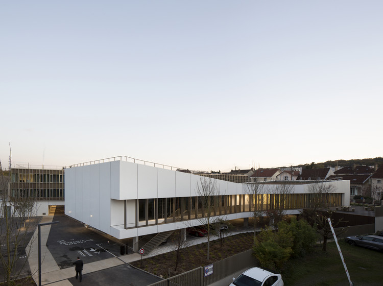 Interdepartemental Management and Administration Center / Ateliers 2/3/4/, © Clément Guillaume