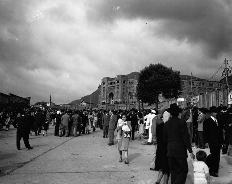 Bogotá, según la fotografía de Sady González, © Archivo de Bogotá