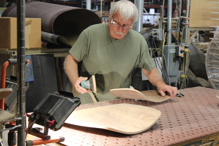 La importancia del trabajo artesanal en la producción industrial: visitando las fábricas de Herman Miller en Michigan, © José Tomás Franco