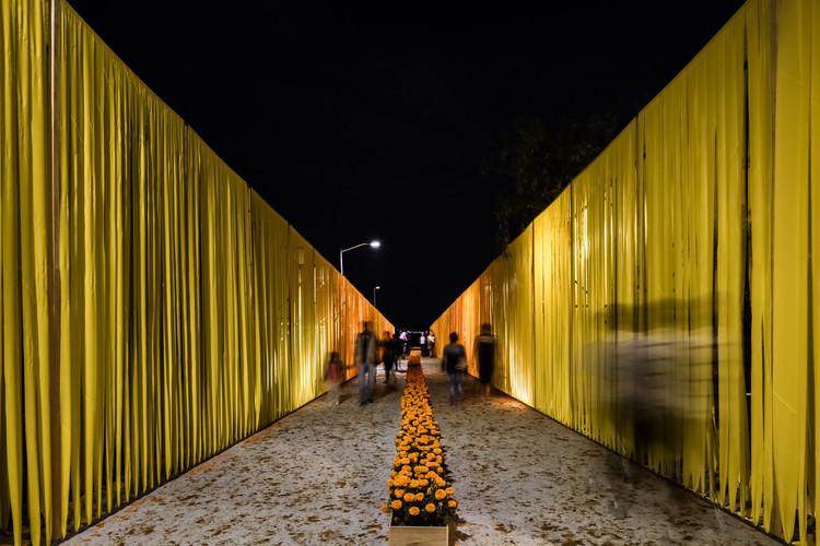 Se construye la propuesta ganadora del Concurso 'Pabellón Mictlán', © Joel Alavez